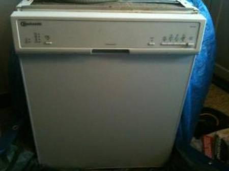 a vendre lave vaisselle 1