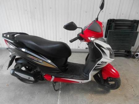 scooter SYM JET 4 1