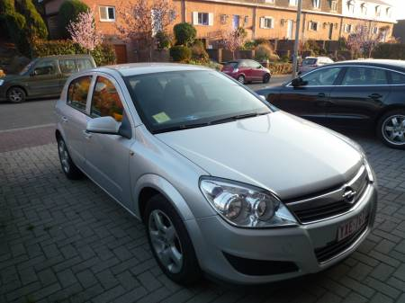 Opel Astra 1.3 CDTI 4