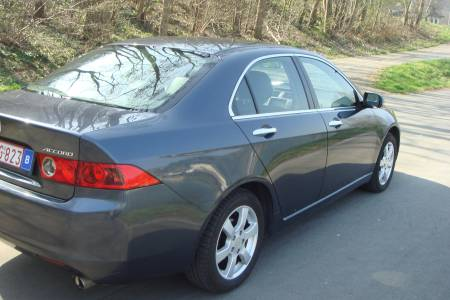 HONDA ACCORD 2003 4