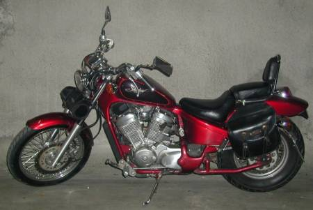 HONDA Shadow 600 CCM Rouge nacre 1
