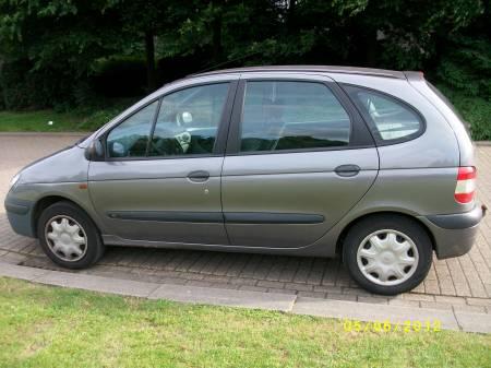 Renault Scenic 1.9 Diesel 1