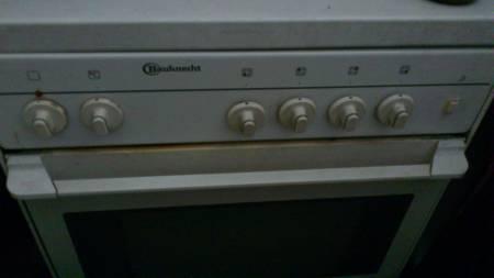 Cuisinière Gaz - Four électrique / Bauknecht - 25 euros