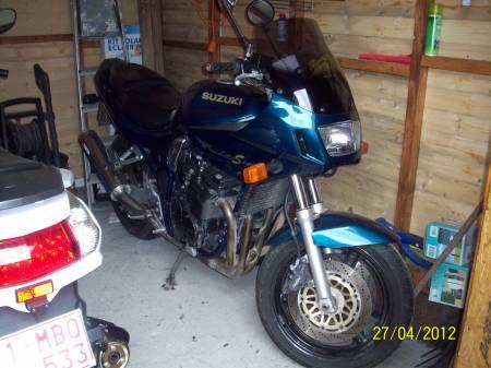 moto suzuki état impeccable 1