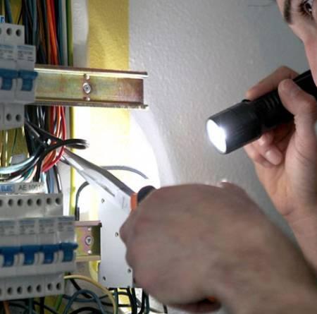 solution pour probl�me electrique urgent 0496.383940 24h 7j 3