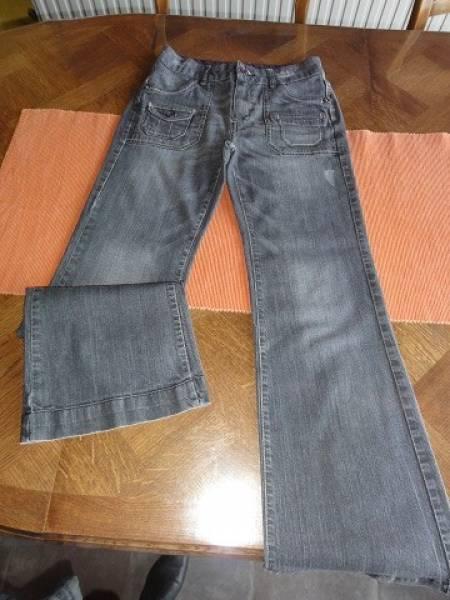 Pantalon femme T38 (correspond à du 36) 1