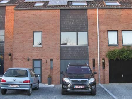 Maison 3 chambres jardin garage photovoltaique for Garage photovoltaique gratuit
