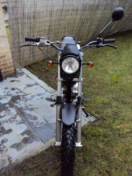 Moto Rieju Tango 125cc (Moteur Yamaha) 4
