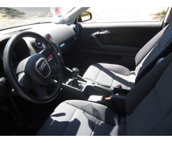Audi A3 ii (2) 1.9 tdi 105 design edition 2