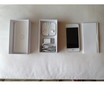 apple iphone 5 blanc 64 go d bloqu quasiment neuf. Black Bedroom Furniture Sets. Home Design Ideas