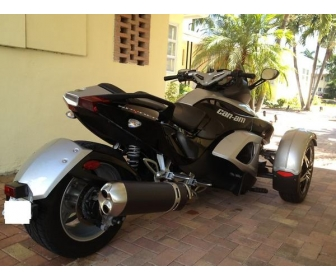 moto can am spyder occasion vendre. Black Bedroom Furniture Sets. Home Design Ideas