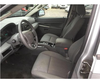 Jeep grand Cherokee 2006 en bon état en vente 2