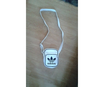 Mini bag Adidas original blanc et noir  1