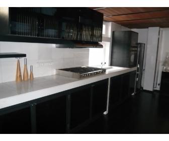 Appartement meublé en duplex,style loft à Bruxelles 2