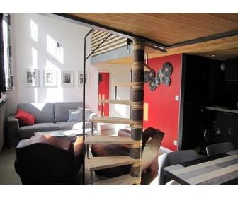 Magnifique studio 45 m meubl tournai for Meuble belgique tournai