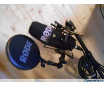 Microphone de studio Stagg et stand à vendre 1