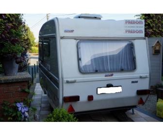 caravane predom n126 avec auvent. Black Bedroom Furniture Sets. Home Design Ideas