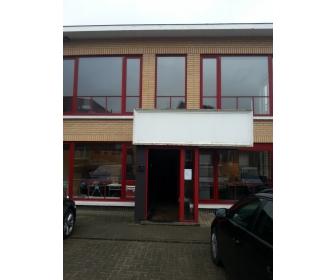 Entrepôt à louer à Sint-Pieters-Leeuw 1