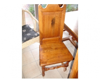 6 chaises en chêne massif 1