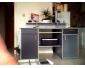 Bureau avec armoire sur les cotés