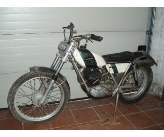 Moto de trial OSSA 250 cm³ à vendre en bon état. 2