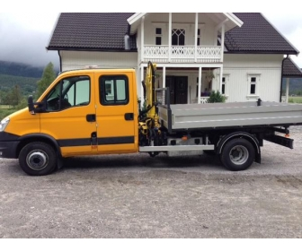A DONNER Camionnette Iveco Daily 70 benne 1