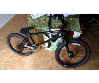 Vélo occasion Bmx neuf 2
