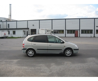 Renault Megane 1,6 16 107 hk PEN BIL MASSE UTSTYR 2