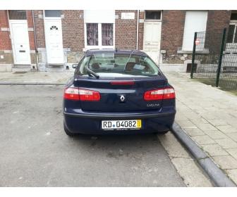 Voiture propre occasion Renault laguna 2