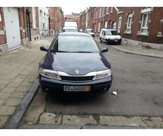 Voiture propre occasion Renault laguna 1