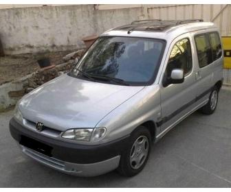 Peugeot Partner combispace 2.0 hdi Année : 2001 1