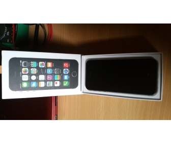 Iphone 5S Reconditionné 16 gb gris sidéral PROMO 300 euros ! 1