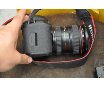 Kit DSLR Canon EOS 5D Mark III avec Canon EF 24-70mm f / 4L IS USM. 1