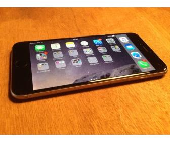 Apple Iphone 6 Plus Gris Sidéral / 16GO / avec facture et sous garanti 2