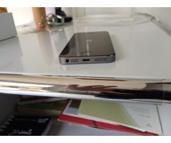 Smartphone Apple iPhone 5s - 16 Go - Gris Sidéral - débloqué 3