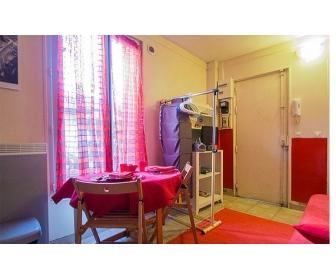 Studio meubl� tr�s calme � Bruxelle 1