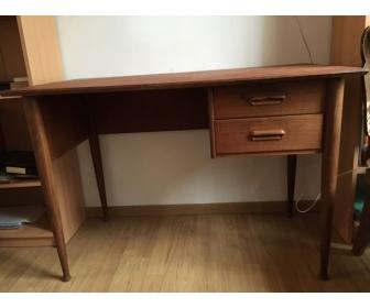 A vendre bureau vintage 1
