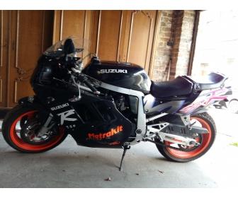 Moto gsxr 750r 2