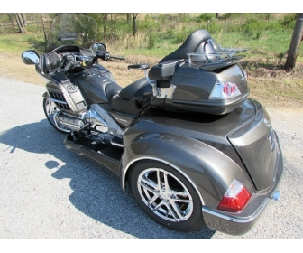 moto trike honda goldwing gl 1800. Black Bedroom Furniture Sets. Home Design Ideas
