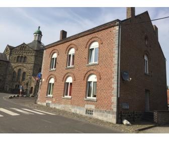 Appartement de 4 façades à louer à Plombieres 1