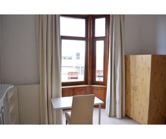 A louer kot meublé à 2 pas Haute Ecole IESN 2