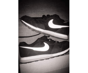 Chaussures Nike MB pour femme 1