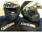 À vendre deux nouveaux casques de moto, noir, taille : 1 S & 1 M Marqu