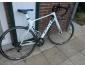 A voir !!! tres beau vélo full carbone