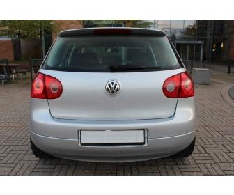 Volkswagen Golf V 2.0 TDI 140CH CONFORT DSG 3