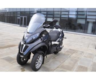 Scooter PIAGGIO Mp3 400LT 1