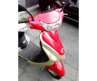A vendre scooter 4