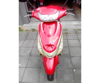A vendre scooter 1