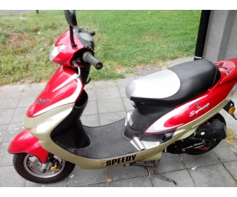 A vendre scooter 2