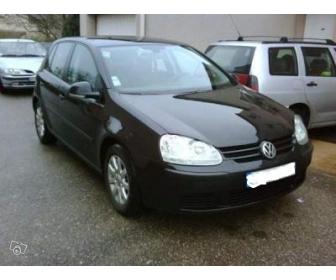 Volkswagen Golf 5 de l'année 2004 à vendre 1